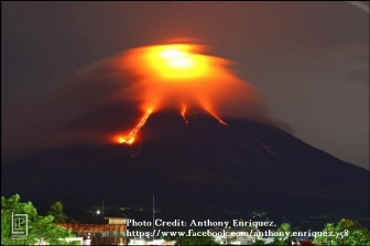 Volcano eruption1